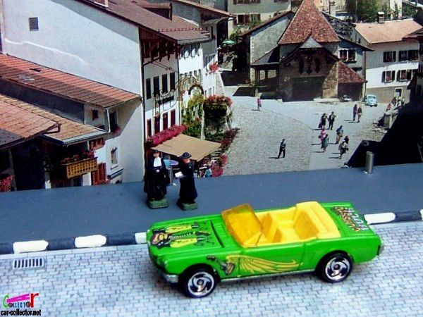 65-mustang-convertible-pack-5-motorin-music-2000-hot-wheels-ford-mustang-cabriolet-1965