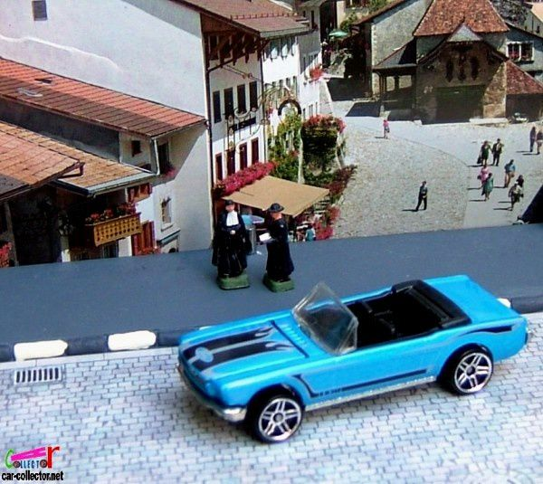 65-mustang-convertible-motown-metal-2006-087-hot-wheels-ford-mustang-cabriolet-1965