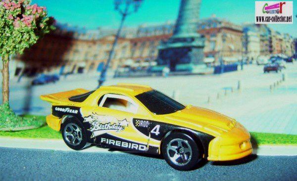 iroc-pontiac-firebird-5-pack-b-day-2003