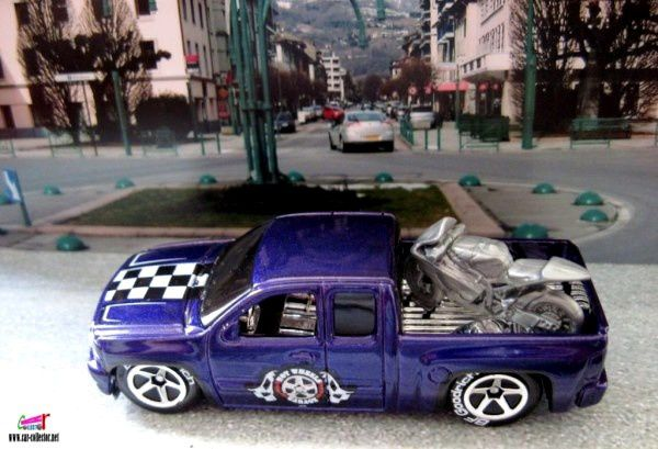 2007-chevy-silverado-pneus-bf-goodrich-chevrolet-silverado-pick-up-garage-series-hot-wheels