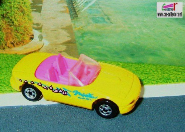 mazda-mx5-miata-convertible-collector-172-1992-hot-wheels-1-64