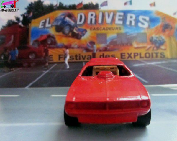TOP ELIMINATOR PLYMOUTH BARRACUDA FUNNY CAR HOT WHEELS 1/64.