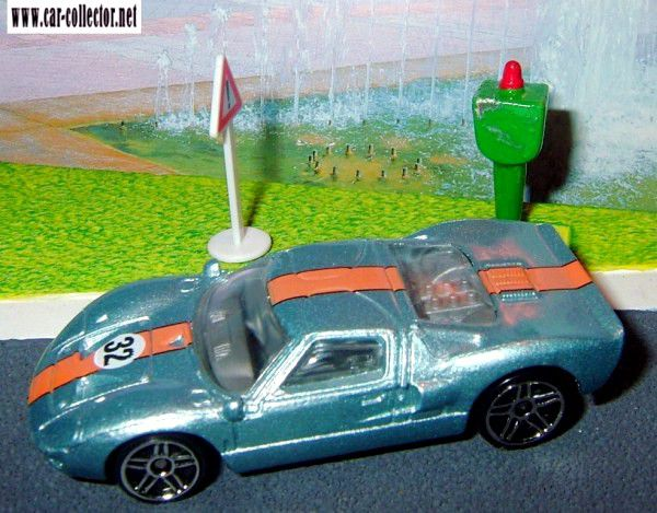 ford-gt-40-2005-162-hot-wheels