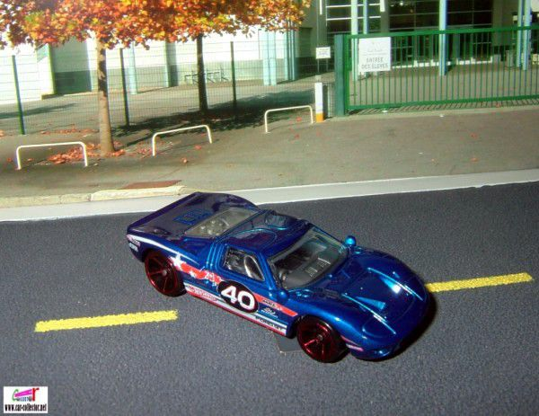ford-gt-40-world-racers-2009-hot-wheels