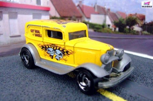 32-ford-delivery-ford-sedan-1932-hot-wheels-skateboarders-2001
