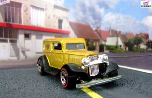 32-ford-delivery-ford-sedan-1932-red-lines-2005-097-hot-wheels