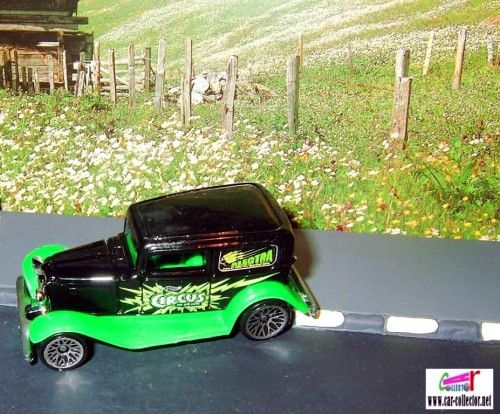 32-ford-delivery-ford-sedan-1932-wild-frontiers-hot-wheels-2002-056