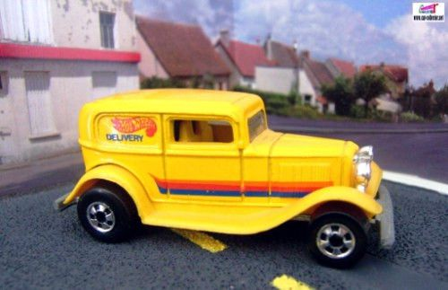 32-ford-delivery-ford-sedan-1932-collector-67-hot-wheels-1990