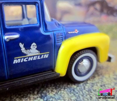 ford-f-100-pick-up-depanneuse-michelin-greenlight-f100-wrecker-parc-pre-la-rose-montbeliard
