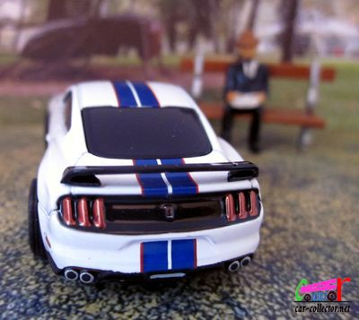 ford-shelby-gt-350r-2019-michelin-greenlight
