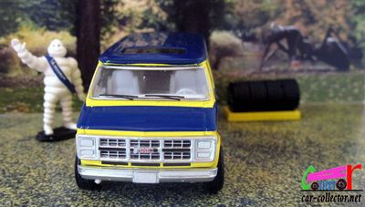 gmc-vandura-1987-michelin-coffret-greenlight-parc-pre-la-rose-montbeliard