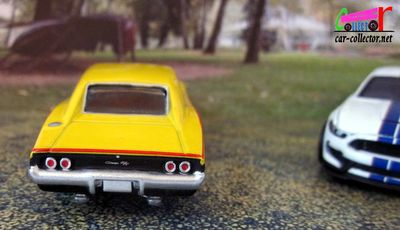 dodge-charger-r/t-1968-michelin-greenlight-1-64