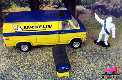 fourgon-gmc-vandura-michelin-greenlight-1-64