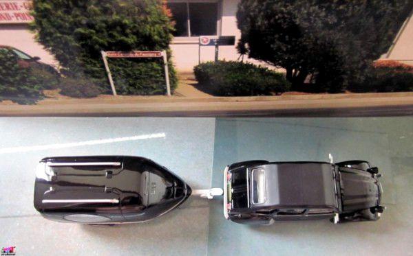 citroen-2cv-corbillard-noire-hachette-autoplus