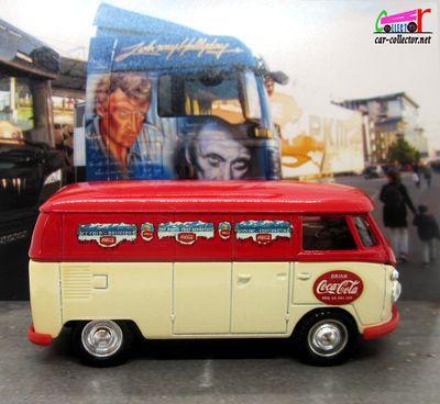 vw-combi-transporter-coca-cola-ice-gold-delicious-solido-1-43