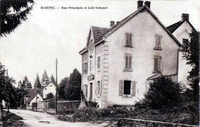 cpa-badevel-rue-principale-et-cafe-national
