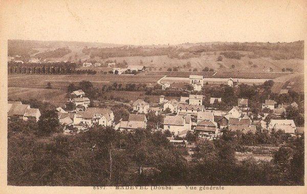 cpa-badevel-doubs-25-environs-de-montbeliard-vue-generale