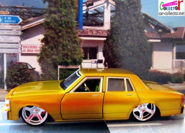chevrolet-caprice-tuning-1987-custom-shop-maisto-1-26