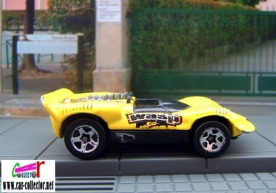 chaparral-2-insectiride-hot-wheels