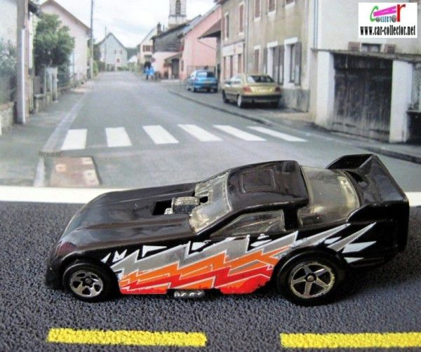 ford-probe-funny-car-forces-of-nature-2000-hot-wheels