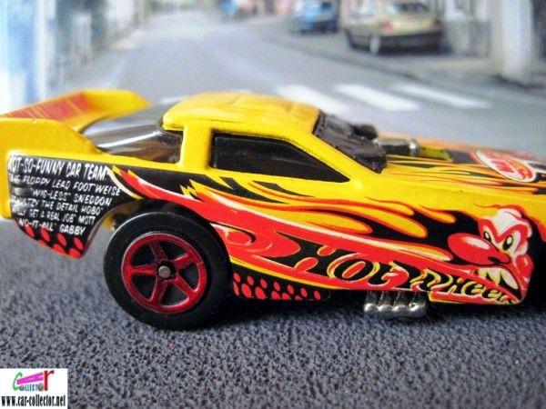 ford-probe-funny-car-crazed-clowns-hot-wheels