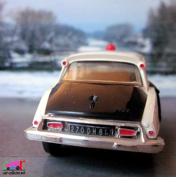 citroen-ds-police-1967-gyrophare-norev-scale-1-43