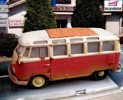 volkswagen-samba-bus-vw-combi-dans-son-jus-serie-old-friends-maisto-scale-125