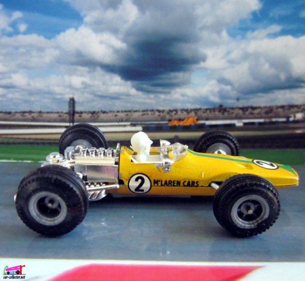 f1-mac-laren-m7a-1969-moteur-ford-cosworth-gp-italie-monza-pilote-denis-hulme
