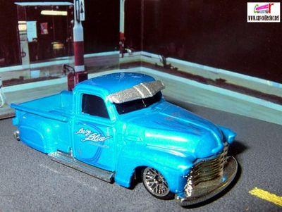 la-troca-chevrolet-pick-up-1950-concrete-cruisers-2003-hot-wheels