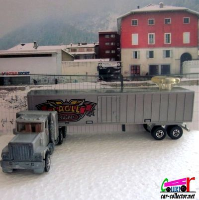 truck-gmc-van-trailer-eagle-steering-rigs-hot-wheels