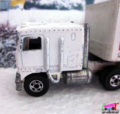 truck-kenworth-trailer-racing-team-steering-rigs-hot-wheels