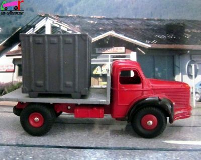 camion-berliet-glr-plateau-container-dinky-toys-meccano-france