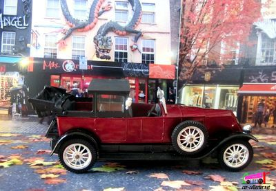 renault-40cv-1926-coupe-de-ville-landaulet-age-d-or-solido-camden-london