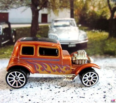 32-ford-vicky-rebel-rides-2009-ford-victoria-1932-hot-wheels