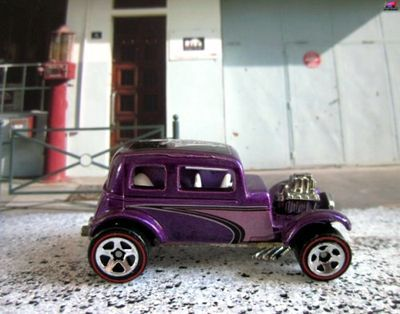 32-ford-vicky-2002-ford-victoria-1932-hot-wheels