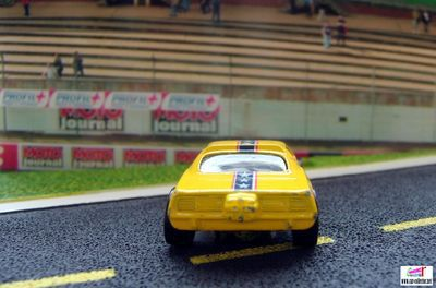 snake-plymouth-barracuda-boite-jeu-snake-drag-race-2005-hot-wheels