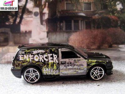dodge-fandango-the-enforcer-attack-pack-2010-hot-wheels
