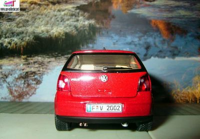 volkswagen-polo-auto-art-vw-polo-autoart