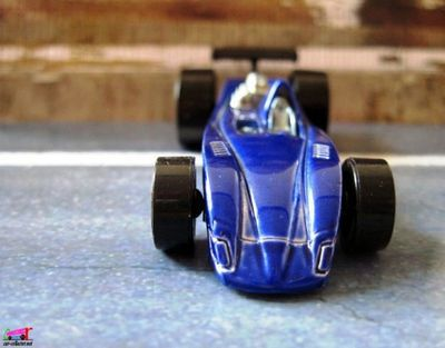 tor-speedo-2006-hot-wheels