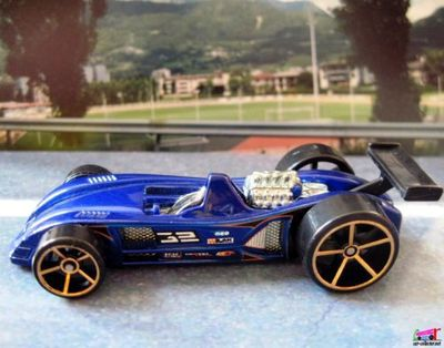 tor-speedo-2006-jantes-fte-hot-wheels