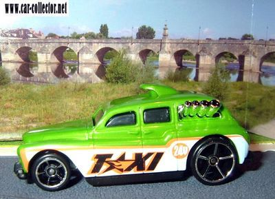 cookney-cab-II-austin-rover-city-works-2009-hot-wheels