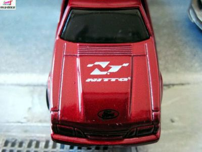 92-ford-mustang-performance-hot-wheels-2010-105