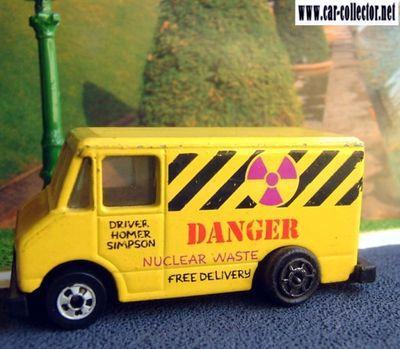 combat-medic-danger-nuclear-waste-driver-homer-simpson-hot-wheels