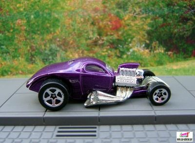 1/4-mile-coupe-lincoln-zephyr-coupe-first-editions-hot-wheels-2003-019
