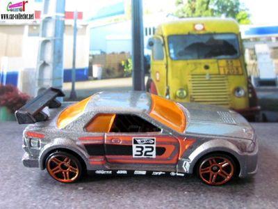 nissan-skyline-mystery-cars-2010-223-hot-wheels