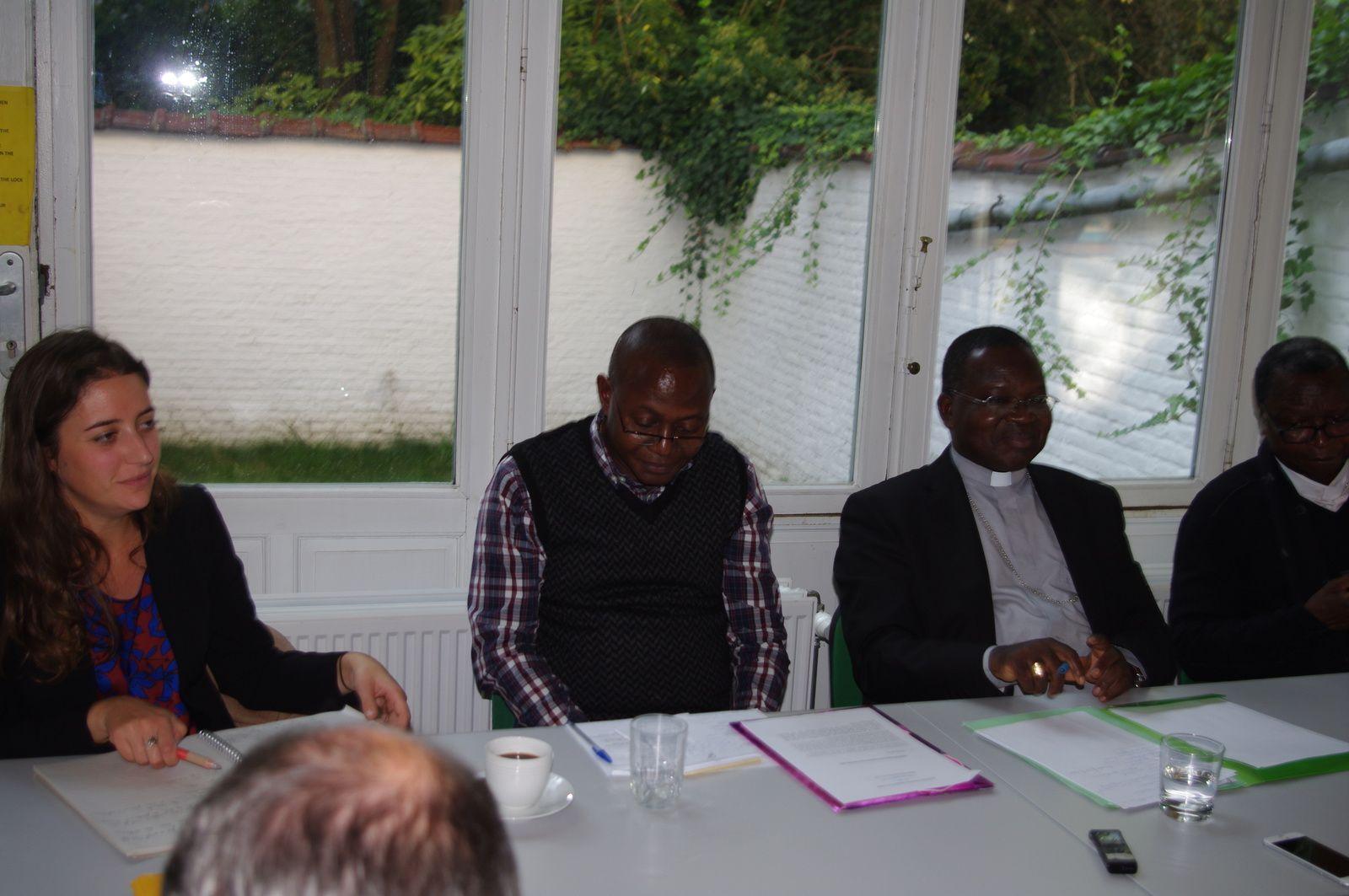 Document. Conférence de presse de la CENCO à Bruxelles, texte et vidéo