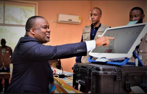 Machine à «voter», le jusqu'au-boutisme de la CENI