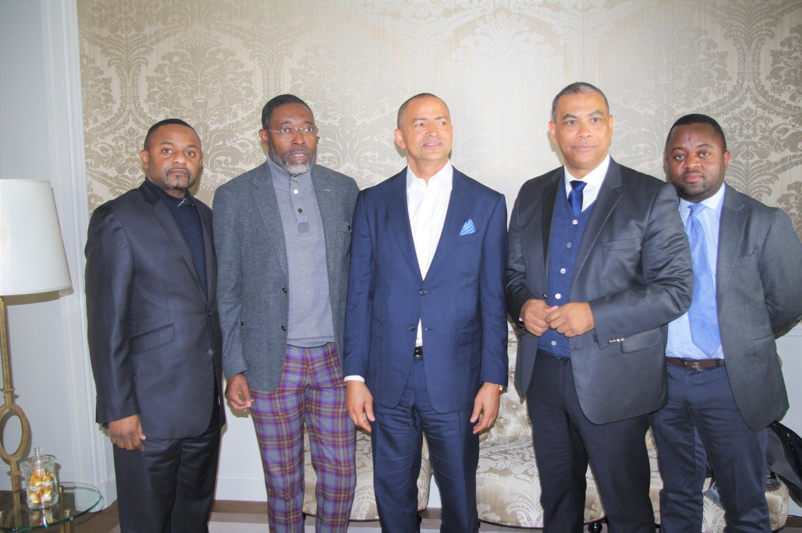 Francis Kalombo aux côtés de Moïse Katumbi. Paris le 12.02.2018 Photo Cheik FITA