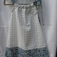 De jolies robes d'été pour petite fille, soldé à 18 €