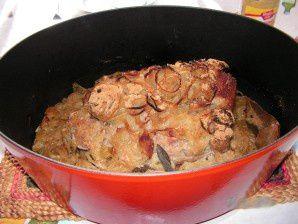 Rôti de porc aux oignons